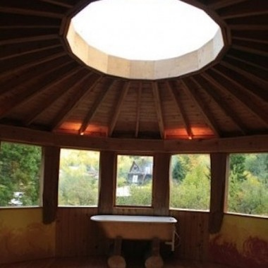 The Waterfall House has a skylight at the center of its round roof. (Courtesy of Camille Nordgren)