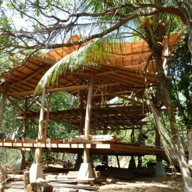 A family hired SunRay Kelley to build this timber frame near San Mateo, Costa Rica. (Courtesy of SunRay Kelley)