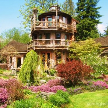 The Buddha House is in Bow, Washington. (Courtesy of SunRay Kelley)